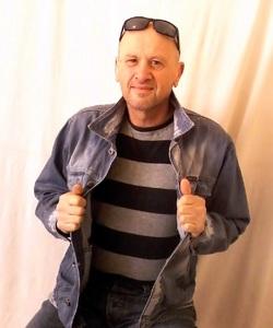 kézcsok társkereső montreal társkereső honlapon