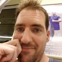 David tan társkereső edző